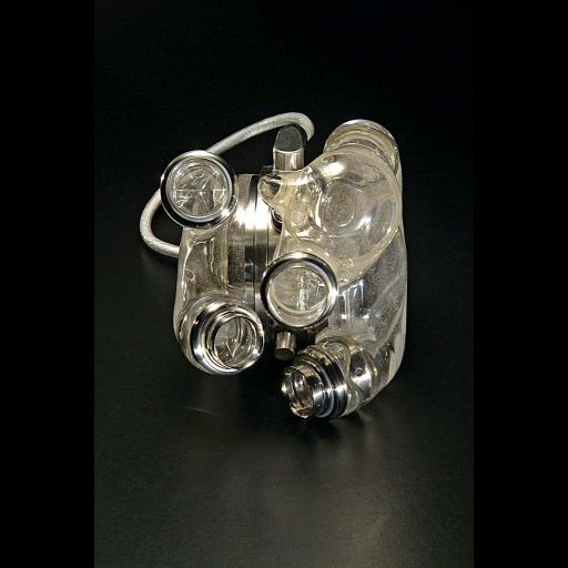 Foi implantado o primeiro coração artificial