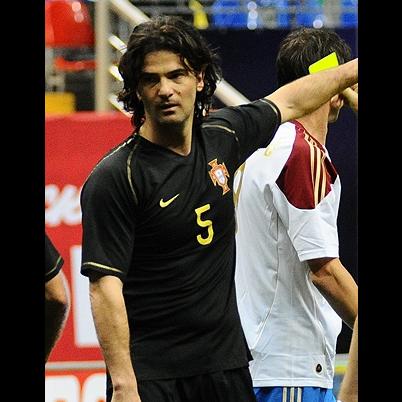 Nasceu o ex-futebolista Fernando Couto