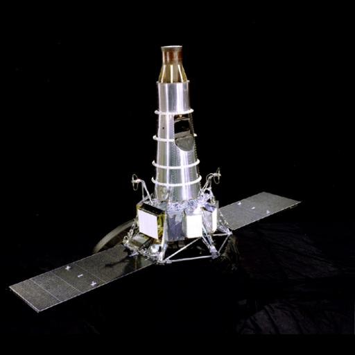 A sonda Ranger 8 chocou contra a superfície lunar