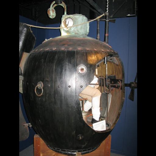 Ocorreu o primeiro ataque feito por um submarino